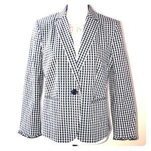 🌺 Ann Taylor lined black & white gingham blazer